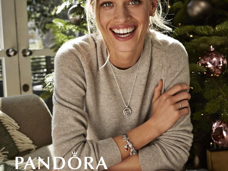Зимние украшения от Pandora
